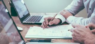 Comment financer sa formation par son entreprise ou un organisme ?