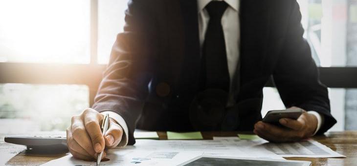 Formation sur mesure: améliorez vos compétences en Finance