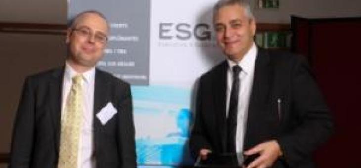 L'ESG Executive Education a eu l'honneur d'accueillir son parrain,Stéphane Cherki, lors du Gala 2012